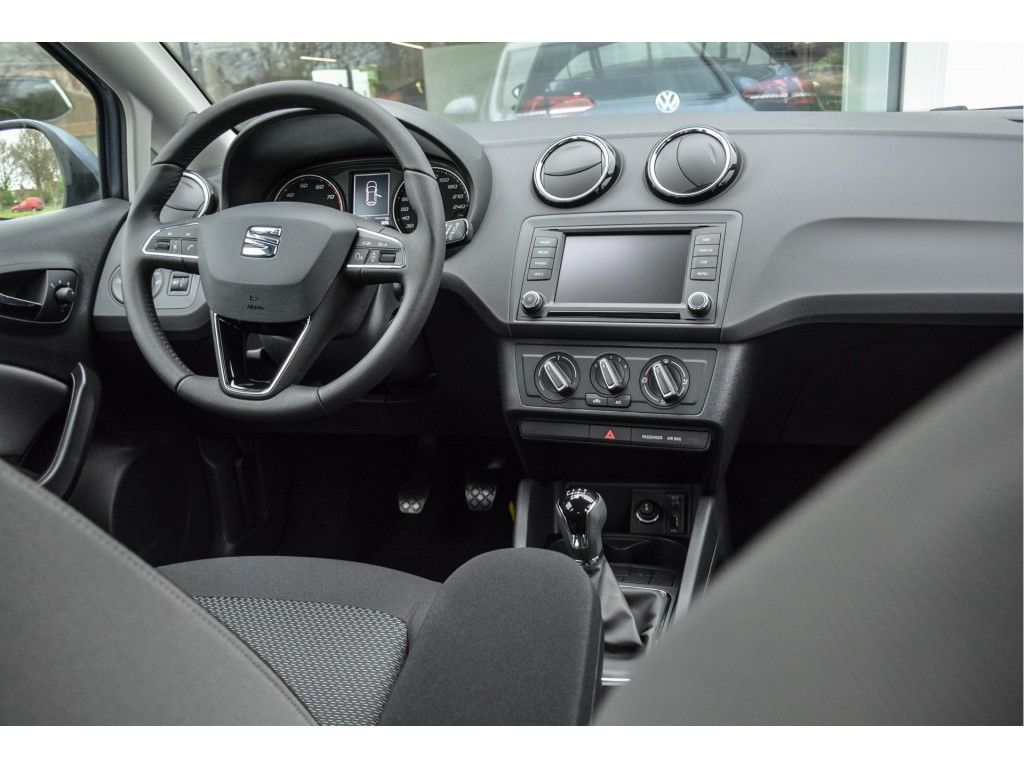 seat-ibiza-1-0-ecotsi-style-connect-direct-leverbaar-04