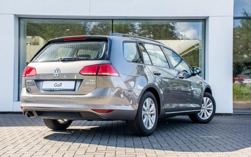 volkswagen-golf-variant-1-0-tsi-115-pk-comfortline-exec-pakket-comfort-pakket-03-880x549-880x549
